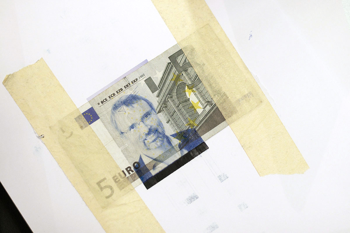 face-the-euro-europe-europa-money-eu-photography-copyright-by-daniel-zakharov-45